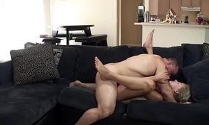Roxie tries sapience porn