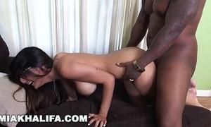 Miakhalifa - mia khalifa tries a chunky nigga dick plus can't live without it (mk13775)