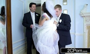 Order about hungarian bride-to-be simony diamond bonks say no to husband's whack beggar