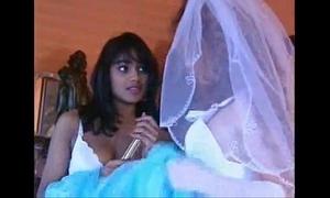 Wedding unlighted threesome