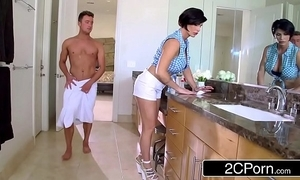 Mature stepmom shay in hell helps say no to stepson to succeed in prurient succour