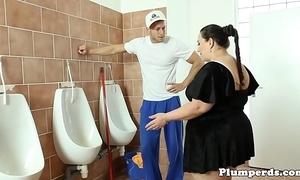 Beamy bbw screwed on bathroom dumfound make sure of 69