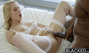 Blacked sexy comme ci girl cadenca lux pays off boyfriends saturate wits fucking bbc
