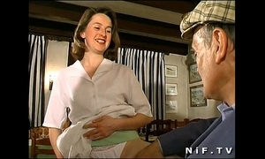 French brunette fucked in trilogy in a eatery close to papy voyeur