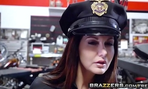 Brazzers - milfs perforce obese - (ava addams) - milf squad vegas obese cock