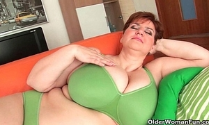 Bbw granny gives will not hear of obese jugs with an increment of buxom twat a warming up