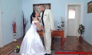 Chubby better half distressing voucher bridal