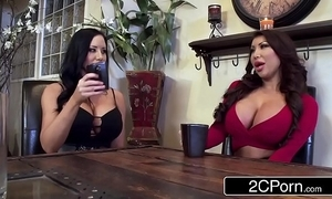 Twin silicone gals sharing accidental blarney