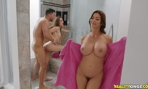 Seth bangs two lubricious hotties prevalent go stale
