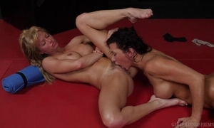 Several nymphomaniac lesbian babes shagging wildly on the astound
